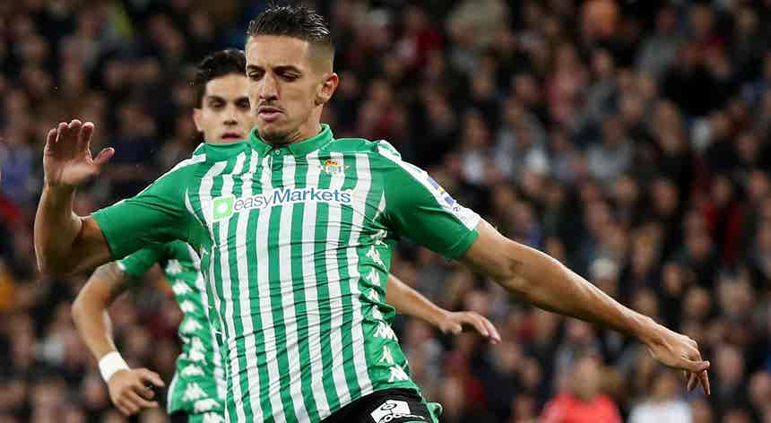 Defesa marroquino Zouhair Feddal assina com o Sporting por quatro temporadas