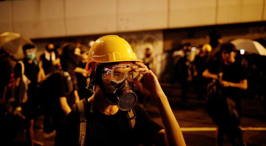 Protestos continuam nas ruas de Hong Kong