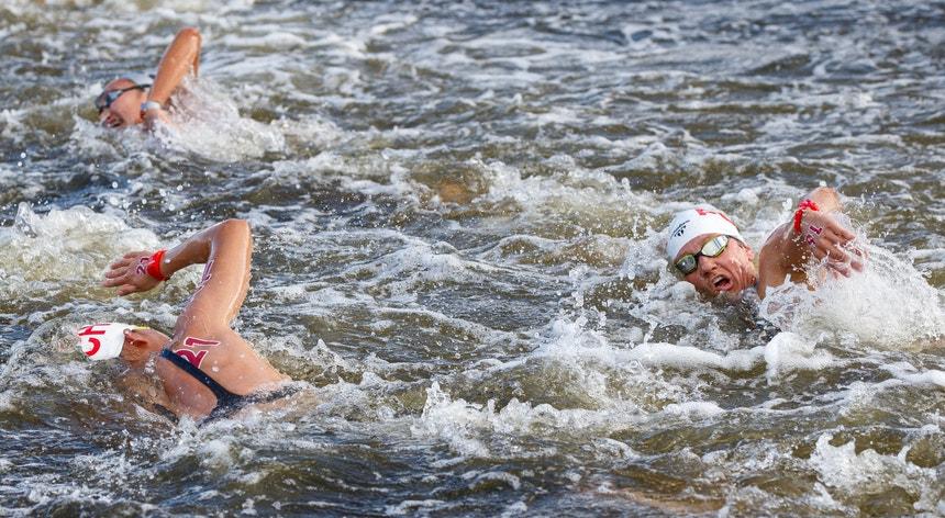 Angélica André (à direita na foto) fez a sua estreia em Jogos Olímpicos
