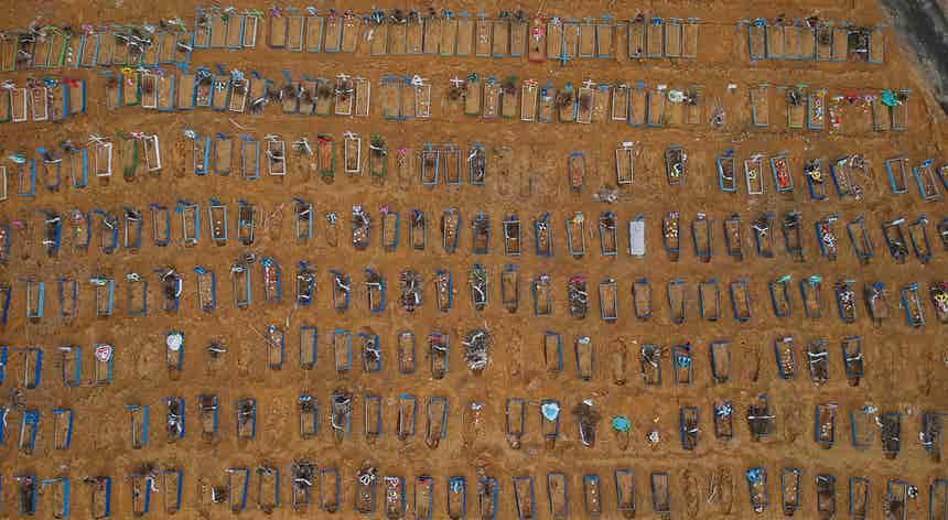 Brasil soma 1039 mortos em 24 horas