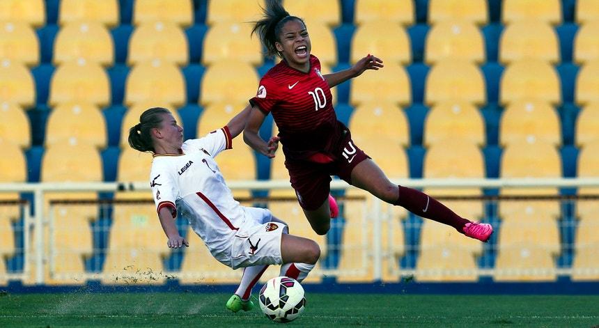 Jessica Silva (à direita na foto), aqui em ação, num dos jogos da equipa lusa