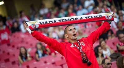 Benfica, em primeiro, quer continuar a responder aos rivais na receção ao Boavista