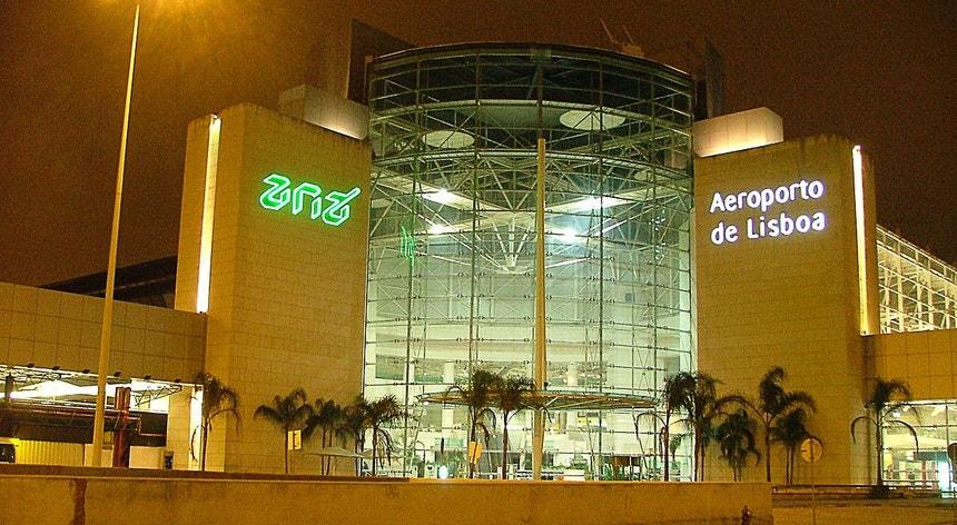 A ANA Aeroportos propõe aos trabalhadores um conjunto de medidas restritivas