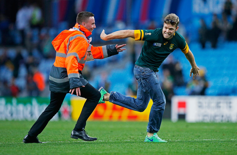 Um adepto da seleção sul africana no Mundial de Rugby em  2015 /Peter Cziborra - Action Images via Reuters