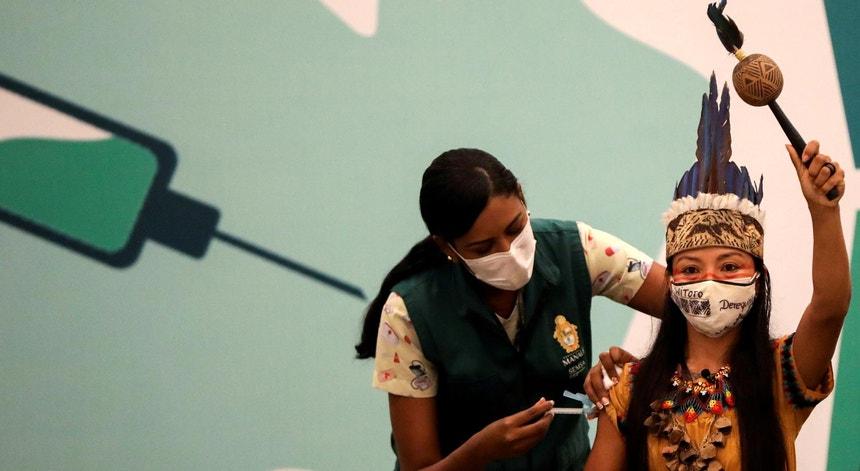 Vacinação contra a Covid-19 em Manaus, Brasil, a 19 de janeiro de 2021