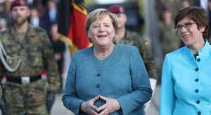 Portugueses apoiariam Merkel para presidente da Europa se cargo existisse - inquérito
