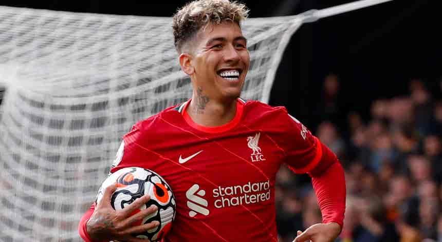 Liverpool goleia Watford e assume liderança da Liga inglesa