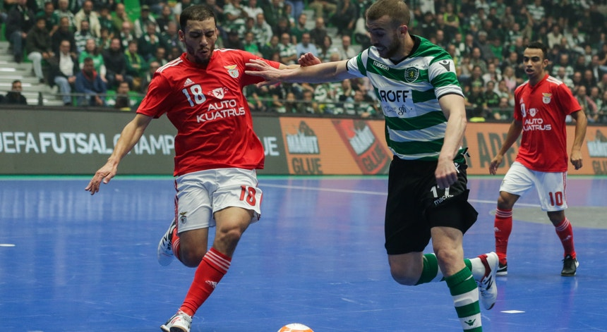 Benfica e Sporting voltaram a protagonizar um jogo muito equilibrado