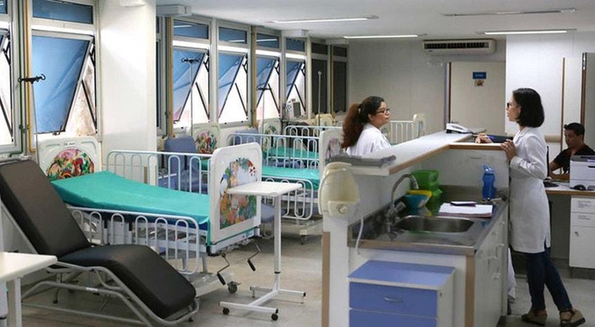 Crianças internadas e com necessidade de cuidados hospitalares serão encaminhadas para o Hospital de Faro.