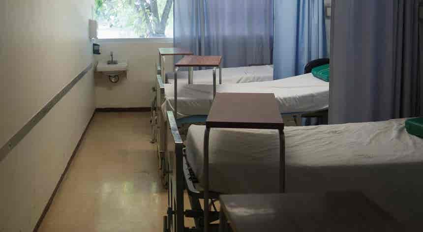 Covid-19. Aumento de internamentos não preocupa administradores hospitalares