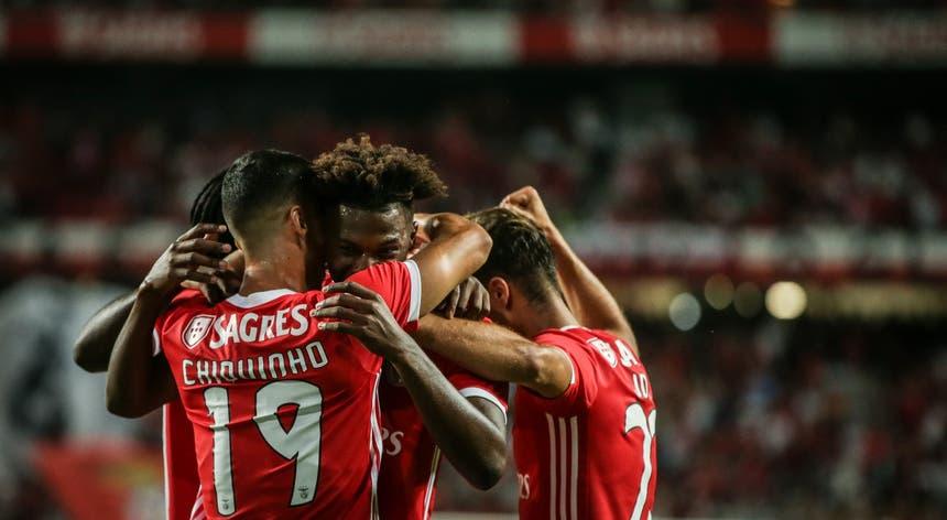 Benfica goleou antes de viajar para os Estados Unidos