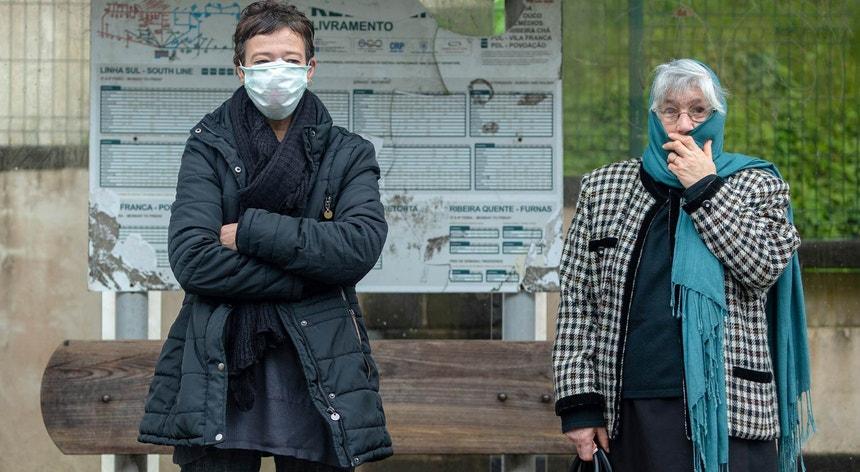 França ultrapassa 7.500 mortos desde início da pandemia