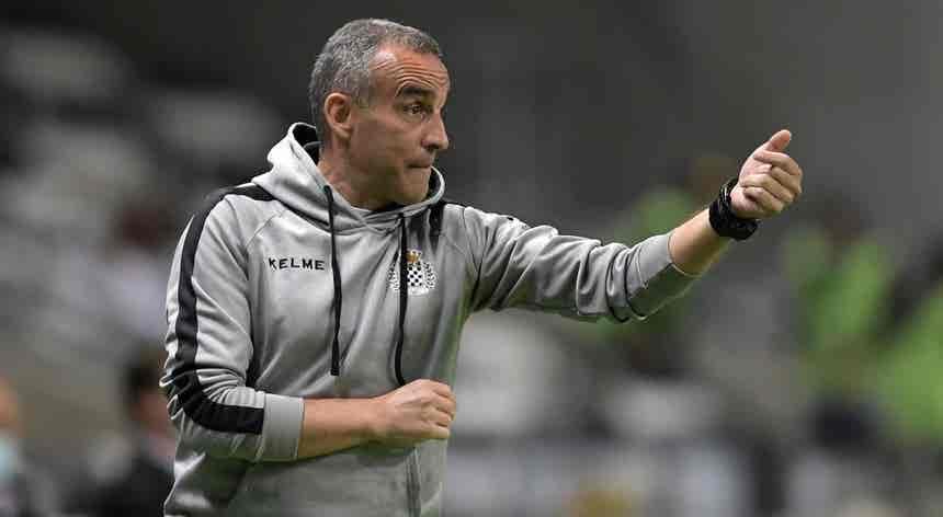 João Pedro Sousa ambiciona ver Boavista a neutralizar FC Porto através da posse