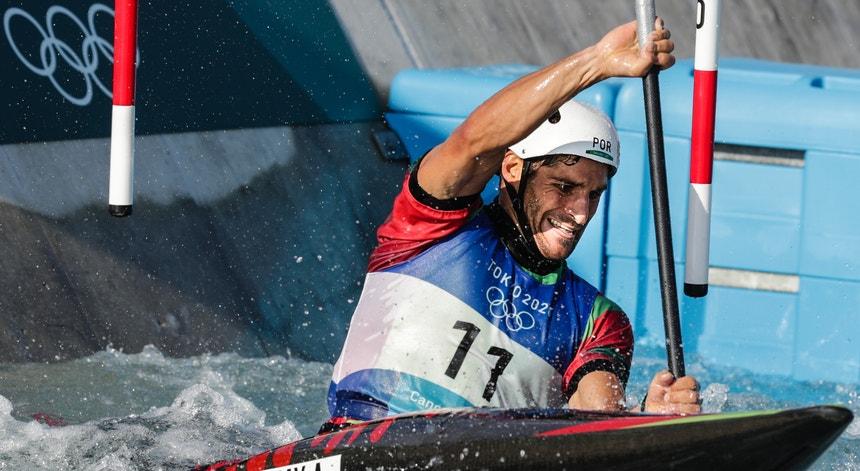 Antoine Launay já está nas meias-finais na categoria de canoagem slalom