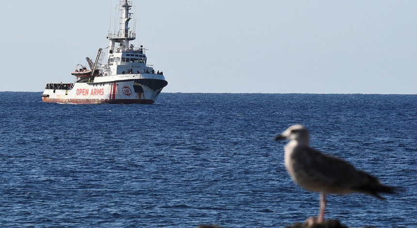 Open Arms, perto da costa de Lampedusa