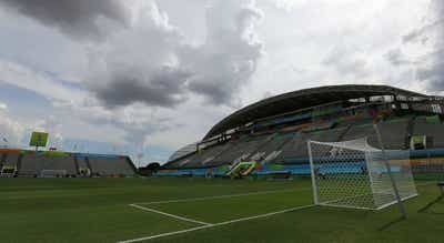 FIFA quer ajudar futebol a ultrapassar crise financeira