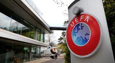 """UEFA empenhada em erradicar do futebol a """"doença"""" do racismo"""