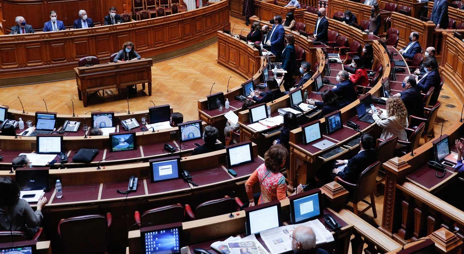 Abstenção do PAN viabiliza aprovação do OE2021 na votação final global
