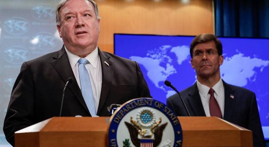 Mike Pompeo e Mark Esper  procuram na Índia um aliado para combater a China