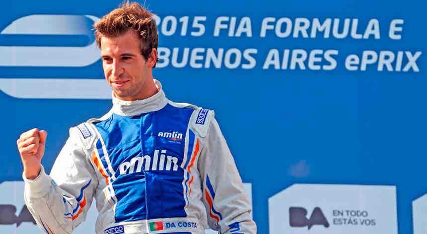 Félix da Costa vence outra vez em Berlim e reforça liderança da Fórmula E