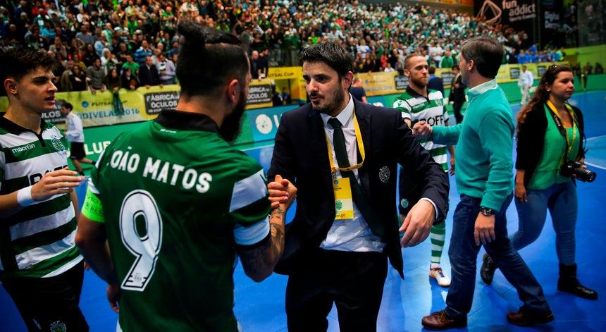 Sporting vence campeão europeu e está na final da UEFA Futsal Cup ... c253889f3f9d6