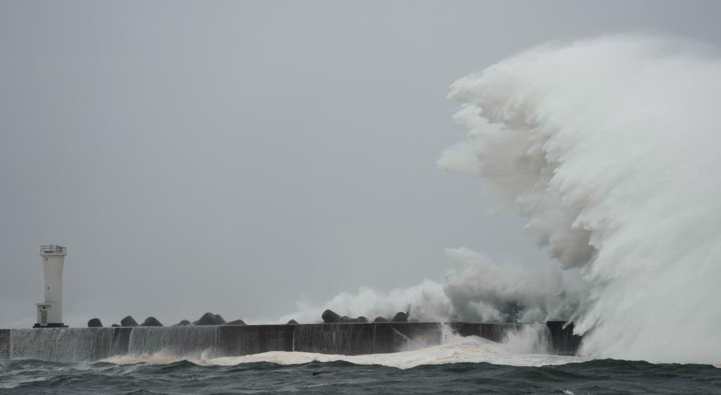 Tufão Hagibis a caminho do Japão
