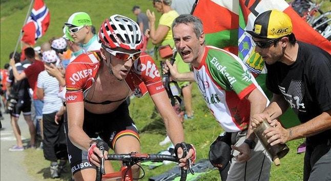 Van den Broeck sofreu uma queda que lhe provocou uma fratura no ombro