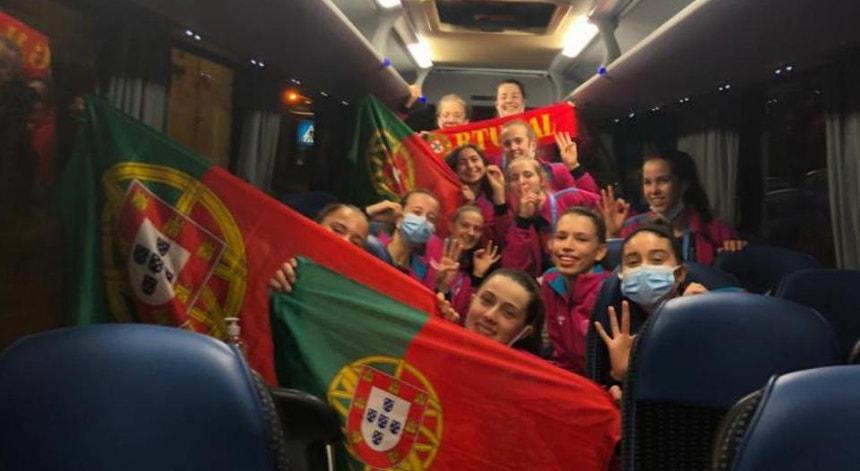 As jovens portuguesas festejam as suas vitórias
