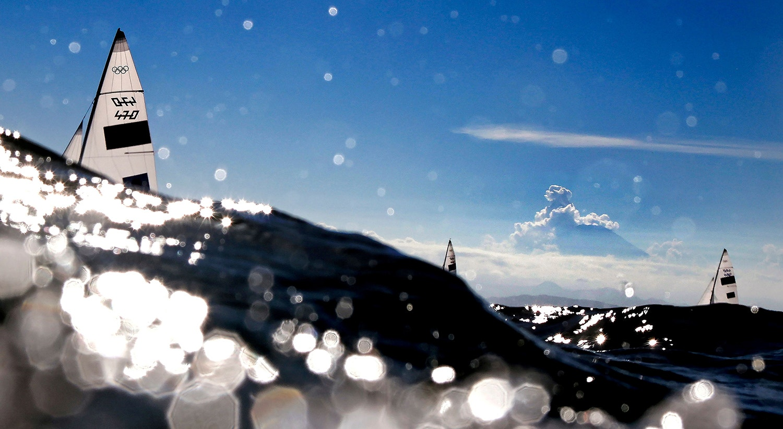 Vela - Mulheres 470.   Foto: Carlos Barria - Reuters