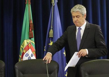 José Sócrates anunciou hoje as medidas de austeridade adicionais incluídas no OE para 2011 que incluem a redução dos salário do sector público, o aumento do IVA e o congelamento das pensões.