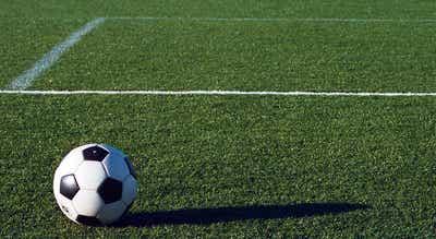 Estudo revela que dois em cada três futebolistas não sabe o que fazer após acabar a carreira