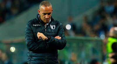 """Treinador do Famalicão garante equipa preparada para """"encontro difícil"""" com Benfica"""