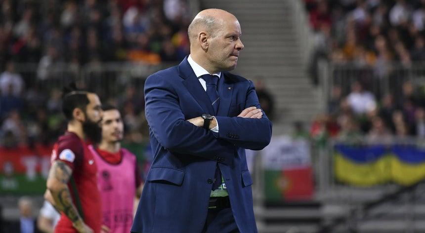 Selecionador Jorge Braz renova até 2020 após conquista de título europeu de  futsal 5d22207418ddf