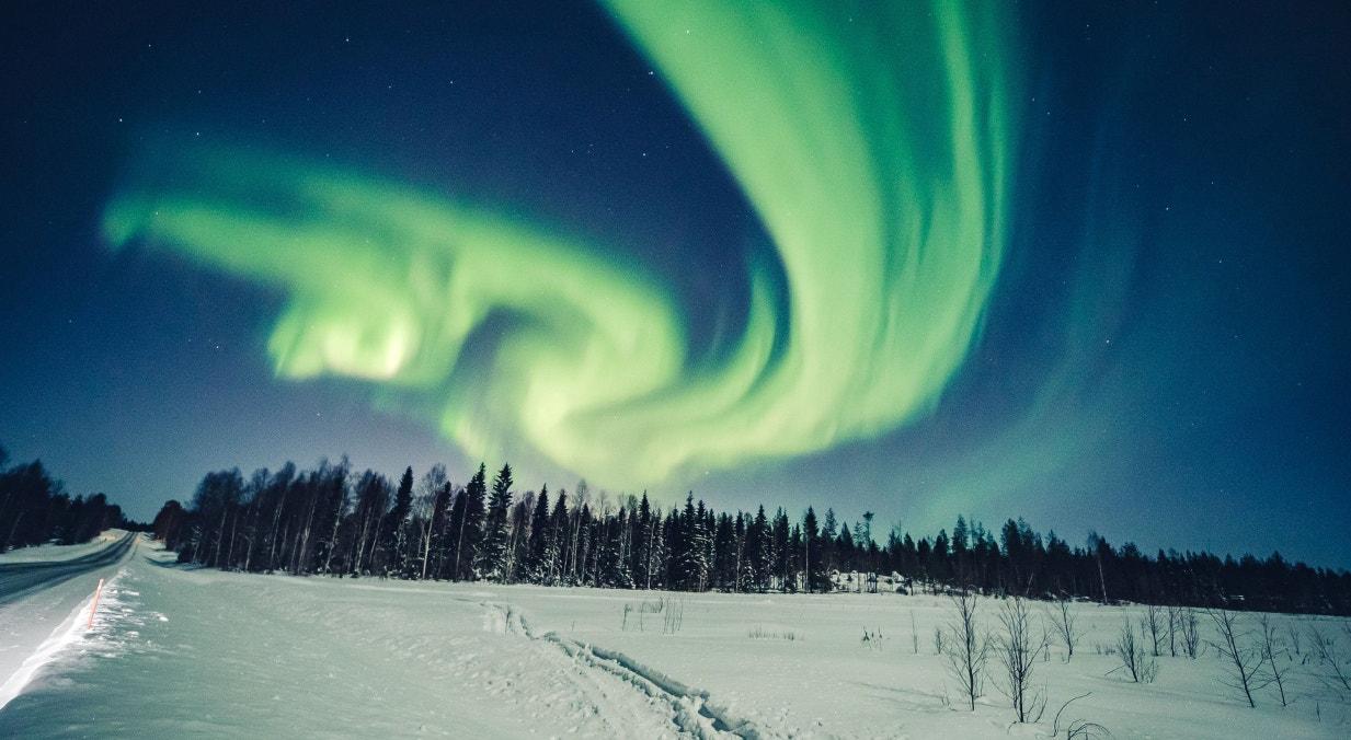 Finlândia, aurora boreal de fevereiro, em Rovaniemi | Alexander Kuznetsov - Reuters