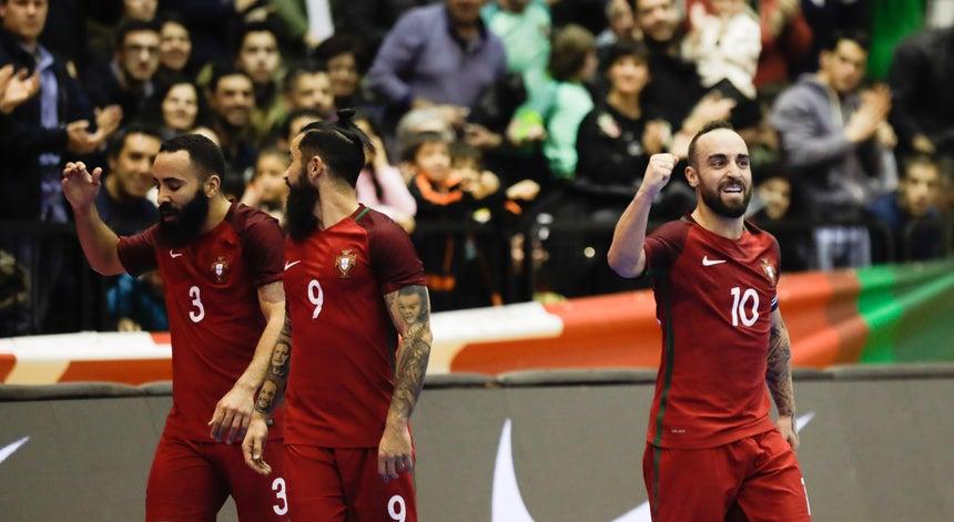 Portugal quer vencer a Ucrânia para ganhar Grupo C - Futsal ... e8bdddb198492
