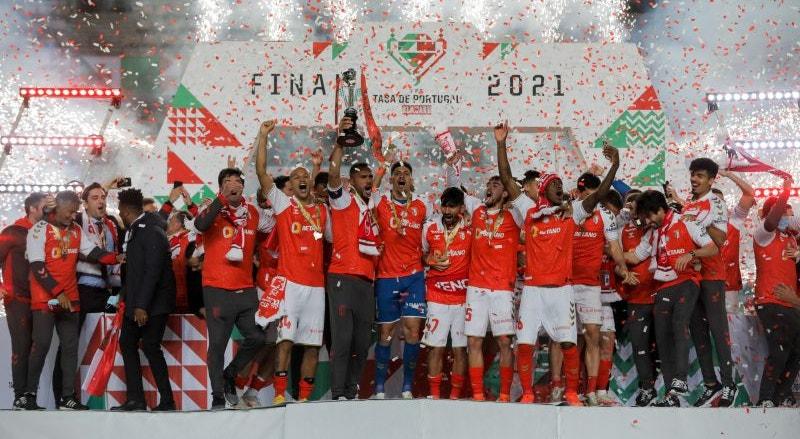 A equipa do Sporting de Braga vai começar a defender o título que ostenta