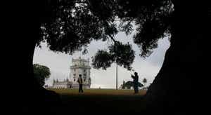Verão quente com turismo em Lisboa morno