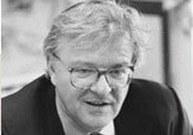 Rudiger Dornbusch, um dos autores do relatório