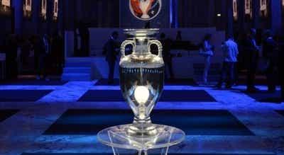 Covid-19: Rummenigge diz que presidente da UEFA equaciona Euro2020 num só país