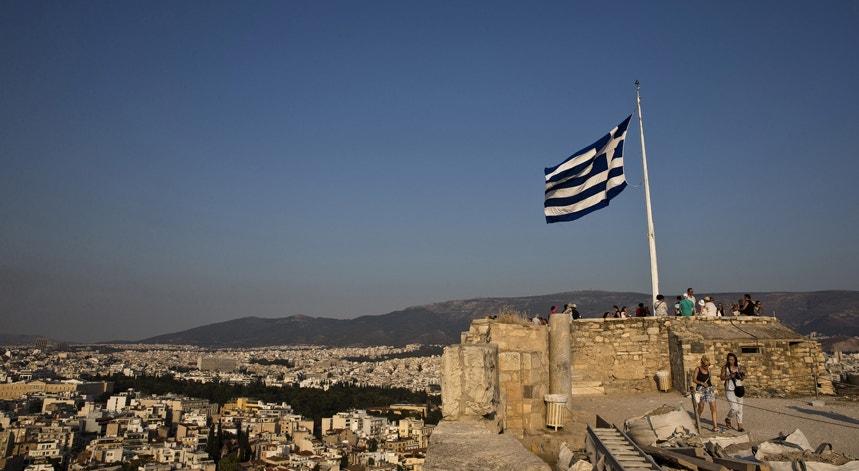 O objetivo das negociações na capital grega é ultimar até 20 de agosto os detalhes do terceiro programa de resgate financeiro da Grécia