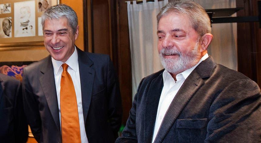 José Sócrates e Lula da Silva em março de 2011 durante uma visita do ex-presidente brasileiro a Portugal