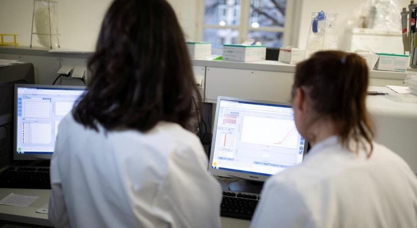 O coronavírus já infetou cerca de 65 mil pessoas a nível mundial