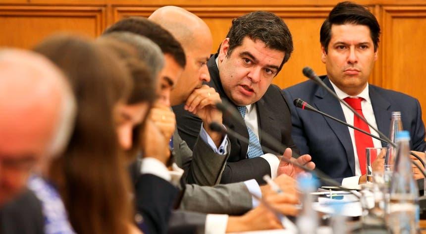 Rocha Andrade espera um ano de 2017 positivo para os contribuintes