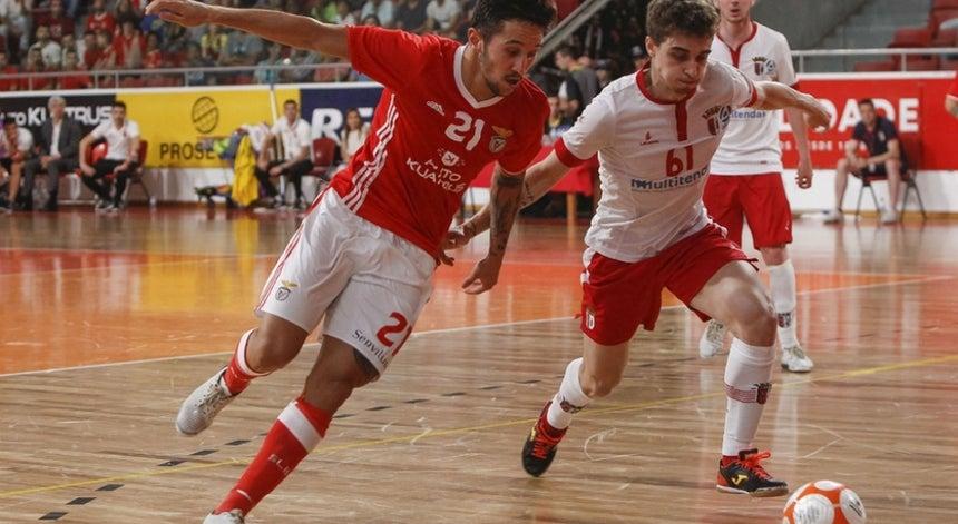 Sporting de Braga vence Benfica e apura-se para a final do campeonato de  futsal 41cbd76d2c600