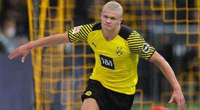 Wolfsburg deixa-se apanhar pelo Bayern com o Dortmund à espreita