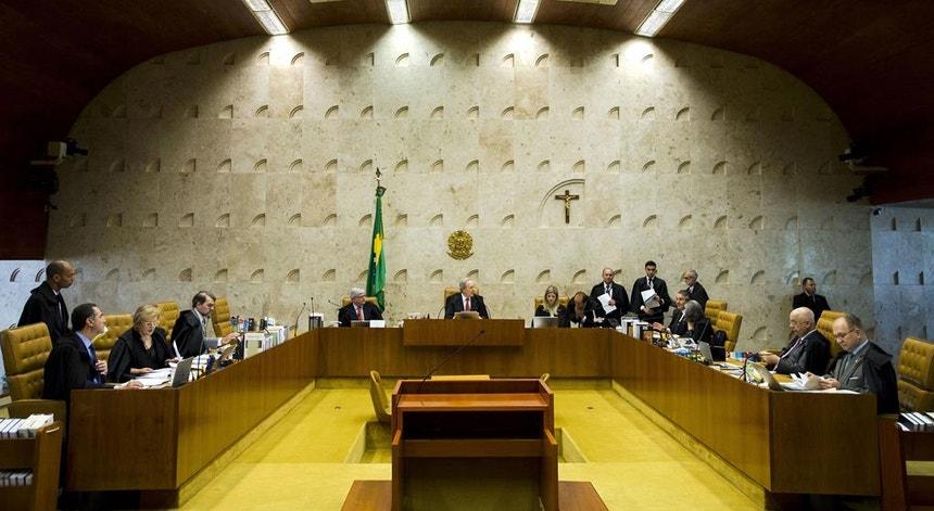 O Supremo brasileiro vai investigar a campanha de difamação contra o atual sistema de votação eletrónica nas eleições