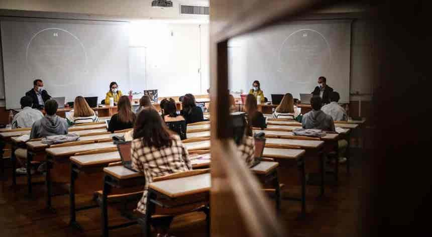 Ensino superior. Mais de 49 mil estudantes entraram na primeira fase do concurso de acesso