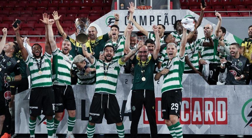 O Sporting sagrou-se campeão nacional de futsal da época2020-2021
