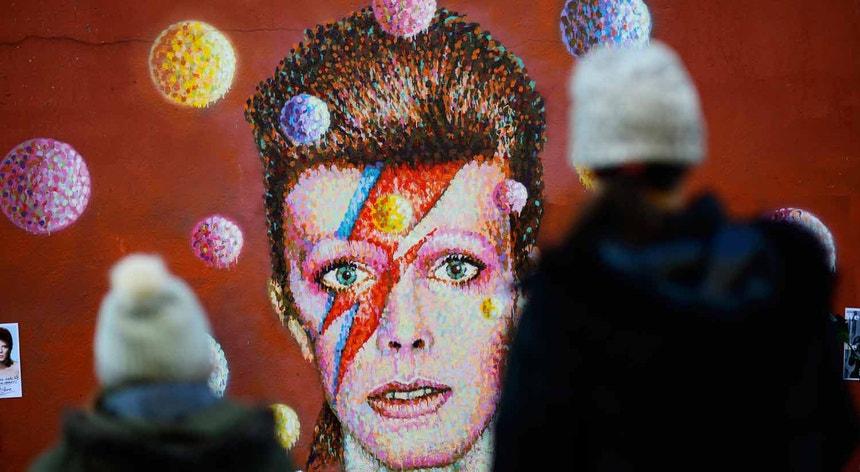 David Bowie morreu a 10 de janeiro de 2016, vítima de cancro