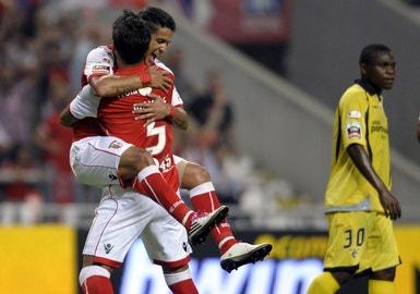 Matheus festeja o primeiro golo do campeonato 2010/2011